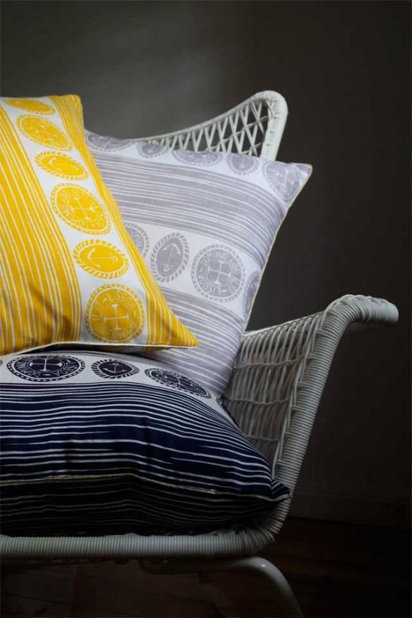 three-cushions-chair